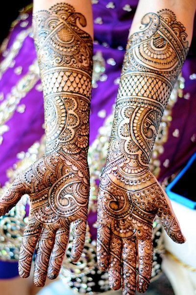 Hire Mehandi Artist For Functions